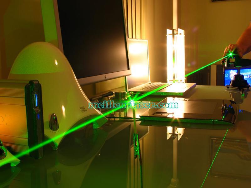 laser faisceau vert